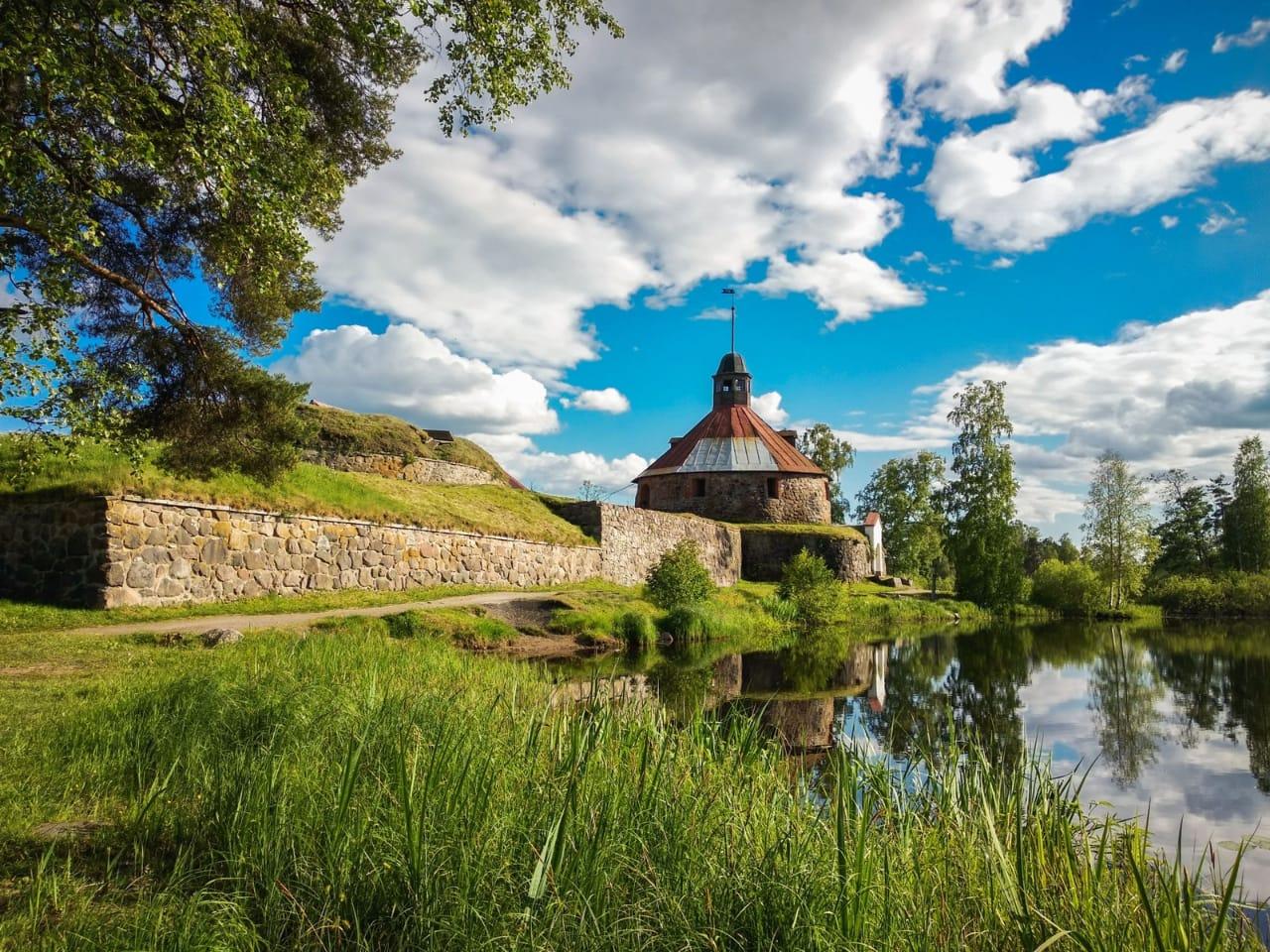 Приозерский край – жемчужина севера (деревянные храмы + крепость Корела)