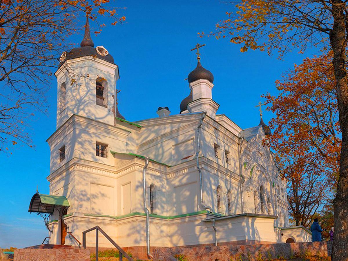 Творожковский Свято-Троицкий женский монастырь (с трапезой)