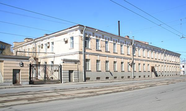 КАЗАРМЫ ЛЕЙБ-ГВАРДИИ ГРЕНАДЕРСКОГО ПОЛКА