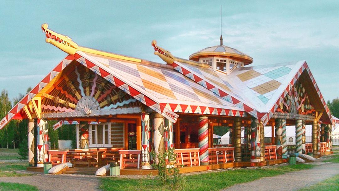Ресторан в Мандрогах.