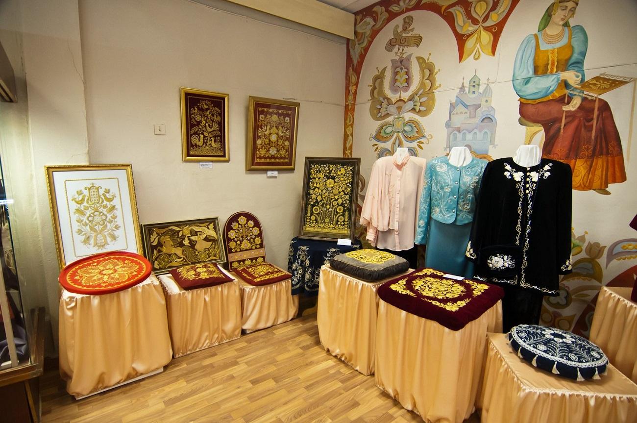 Золотом вышитый Торжок: Музей золотного шитья
