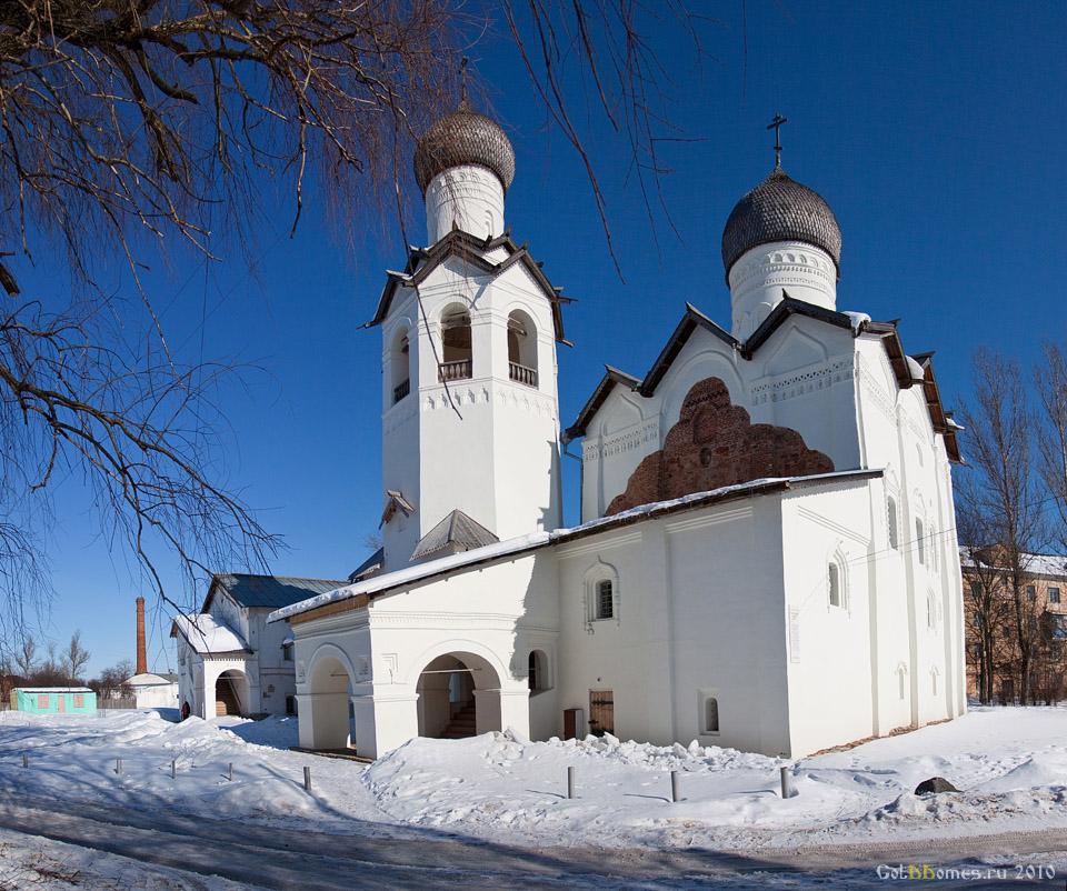 Преображенский монастырь и краеведческий музей