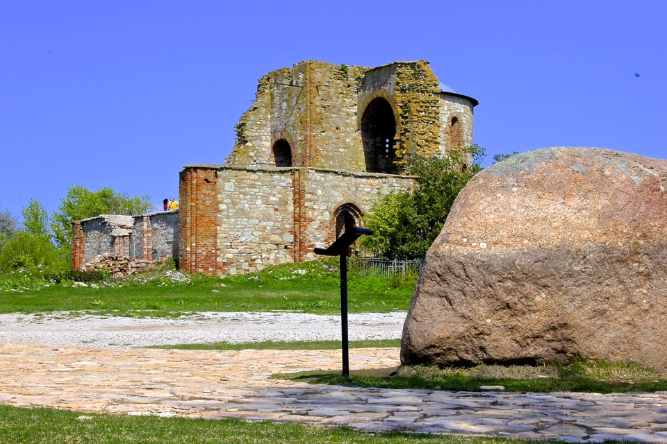Древние городища и храмы Новгорода