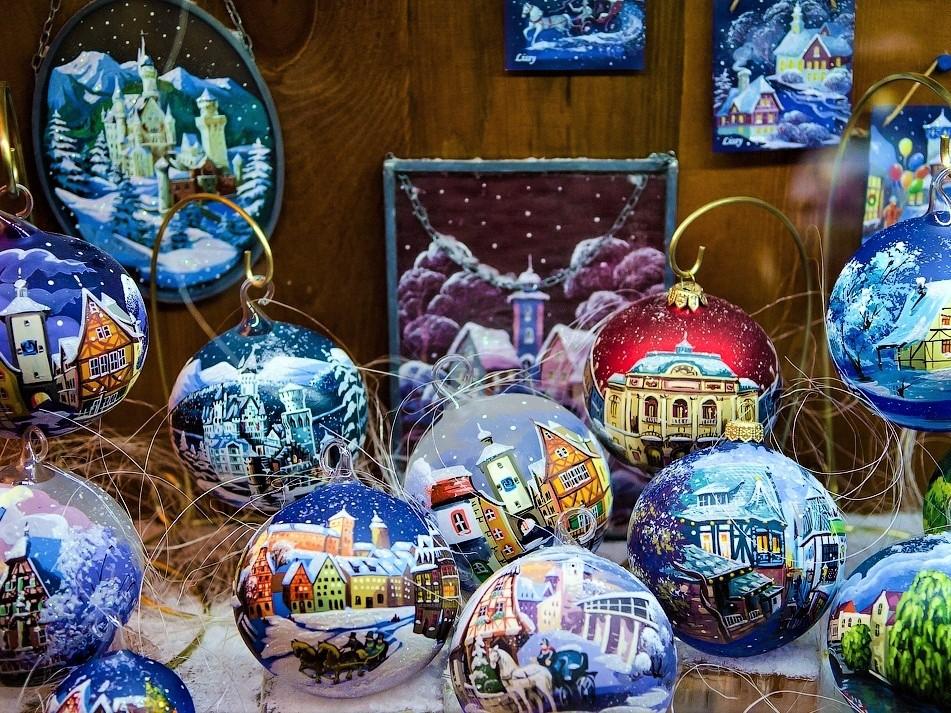 Фабрика елочных игрушек «Рождество»